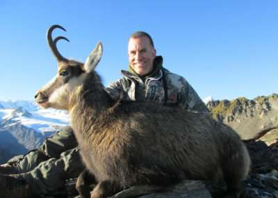 Chamois-Hunting-Manuka-Point-Lodge-Gold-Medal-SCI-26.25