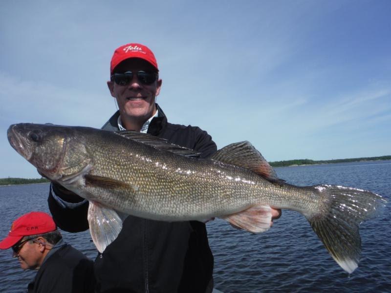 CANADA FISHING LODGE