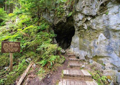 entrance-el-capitan-cave-prince-of-wales-island-alaska