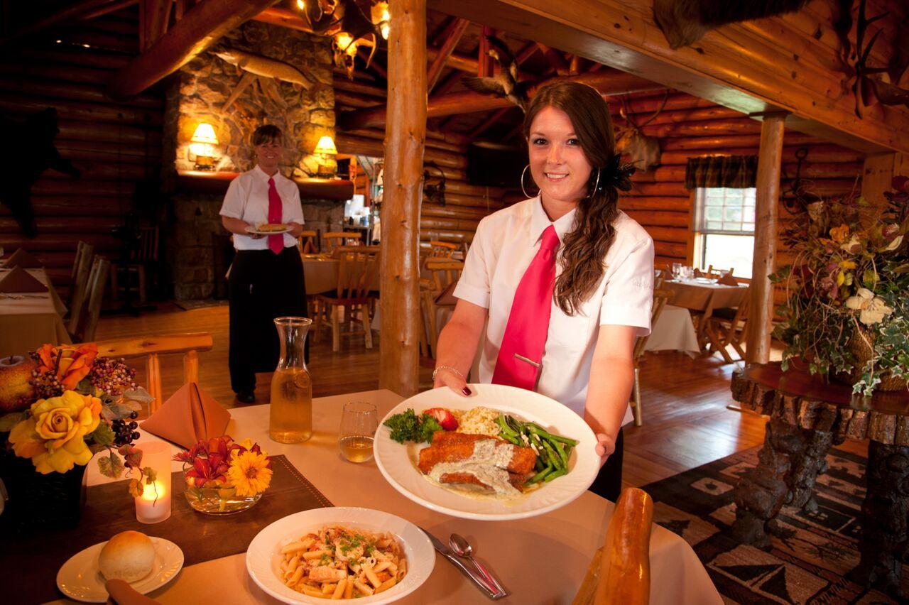 Luxury resort Ontario dining