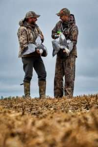 CANADA Waterfowl Hunting