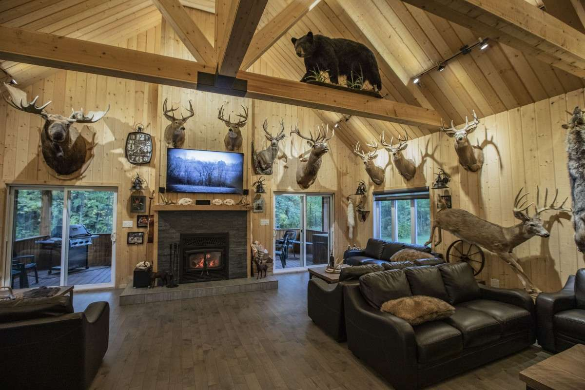Saskatchewan lodge