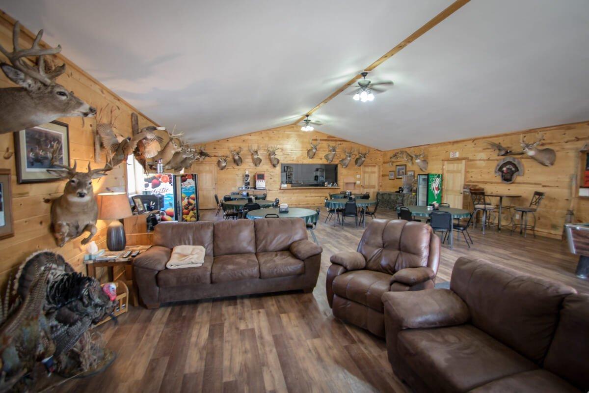 Buffalo Hunting Lodge