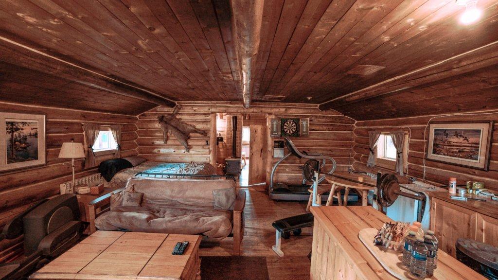 British Columbia Moose & Bear Hunt Lodge