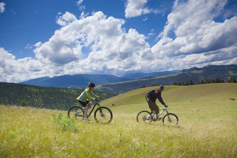 luxury dude ranch mountain biking